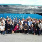 autocares-azahar-personas-y-bus